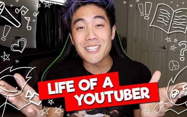 Từ quảng cáo đến bán hàng, các YouTuber đang kiếm tiền ra sao? - Ảnh 1.