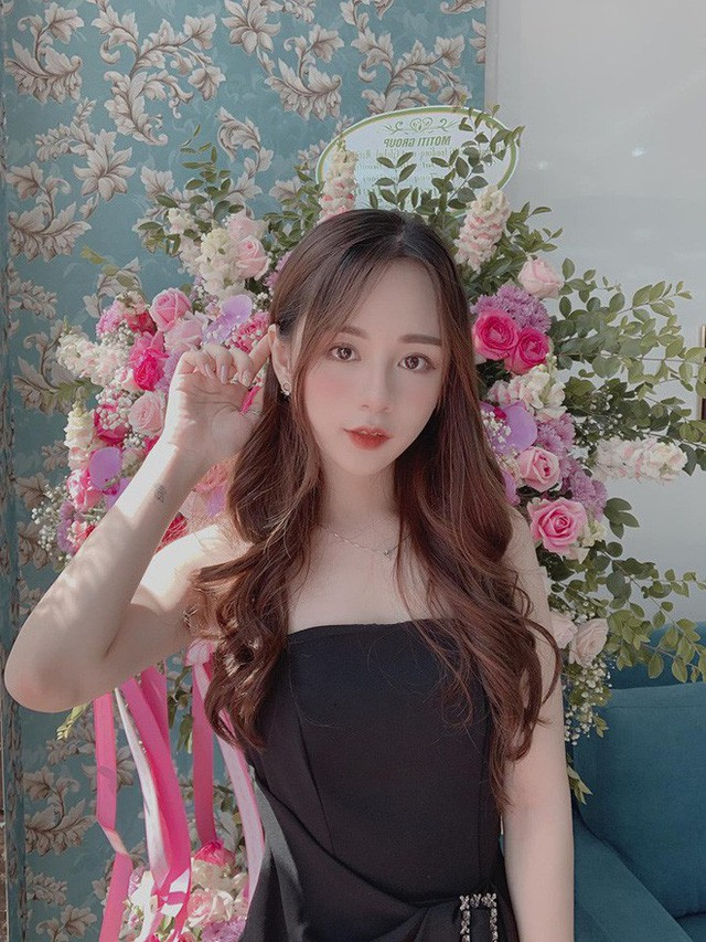 Hot girl 21 tuổi lên báo Trung vì quá xinh đẹp: Mỗi tháng mình kiếm được khoảng 70 triệu - Ảnh 9.