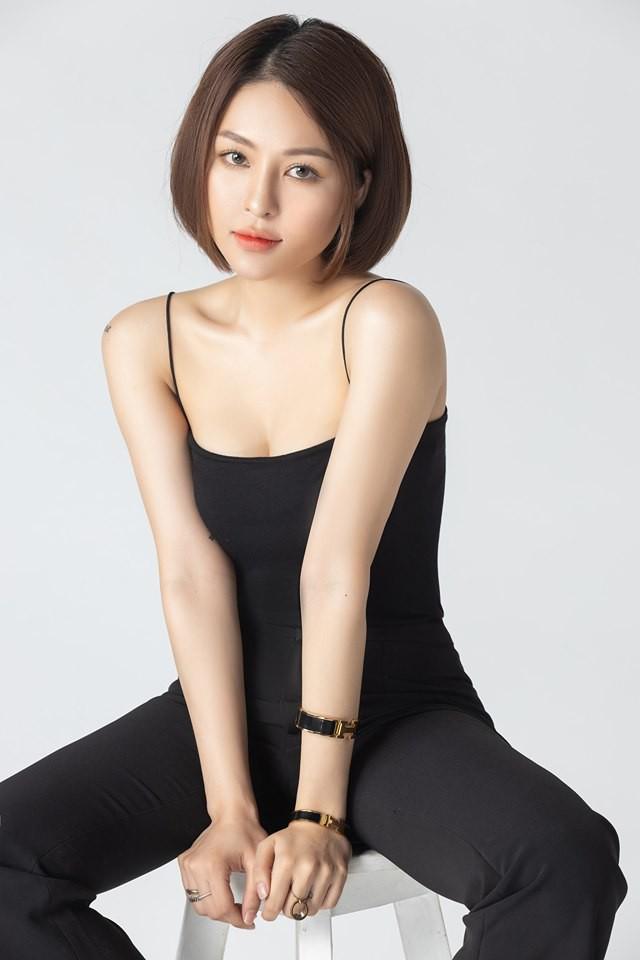 Sau scandal lộ clip nhạy cảm, hot girl Trâm Anh lần đầu tung ra bộ ảnh trưởng thành và gợi cảm - Ảnh 8.
