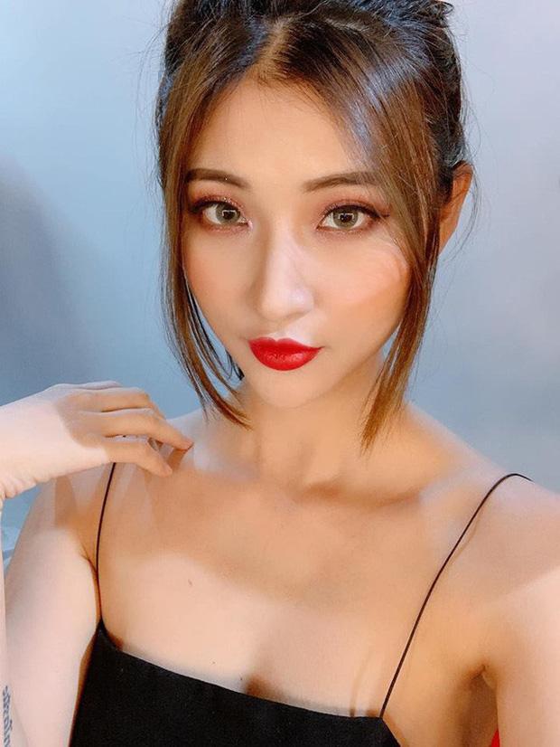 Ngọc Trinh, Uyên Pu, Mina Young cùng loạt hot girl triệu view được Thầy giáo Ba nhìn trúng - Ảnh 3.