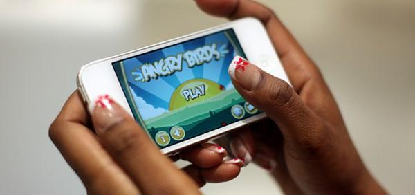 Chàng trai sở hữu 23 game mobile, thu 20 triệu đồng/tháng 2