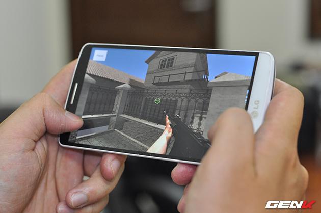 Trải nghiệm game bắn súng thực tế ảo đầu tiên tại Việt Nam