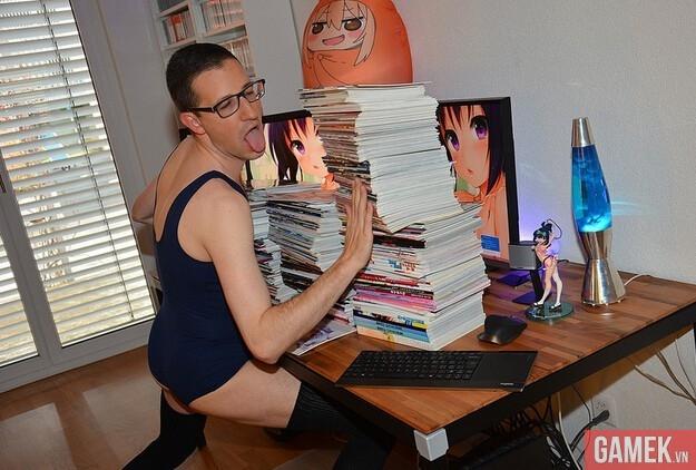 """Bái lạy với chùm ảnh của """"Thanh niên cuồng anime/manga số 1 thế giới"""""""