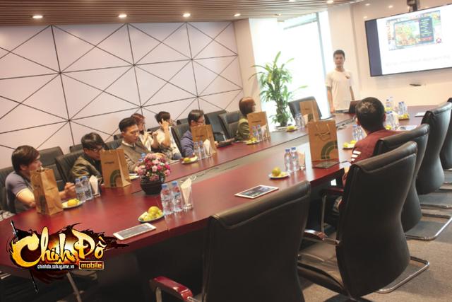 Cận ảnh sự kiện trải nghiệm Chinh Đồ Mobile tại trụ sở NPH SohaGame.