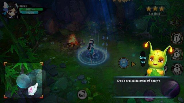 Khi mới vào game, nhân vật Đường Bảo sẽ là bạn đồng hành chỉ dẫn bạn từng bước làm quen với trò chơi.