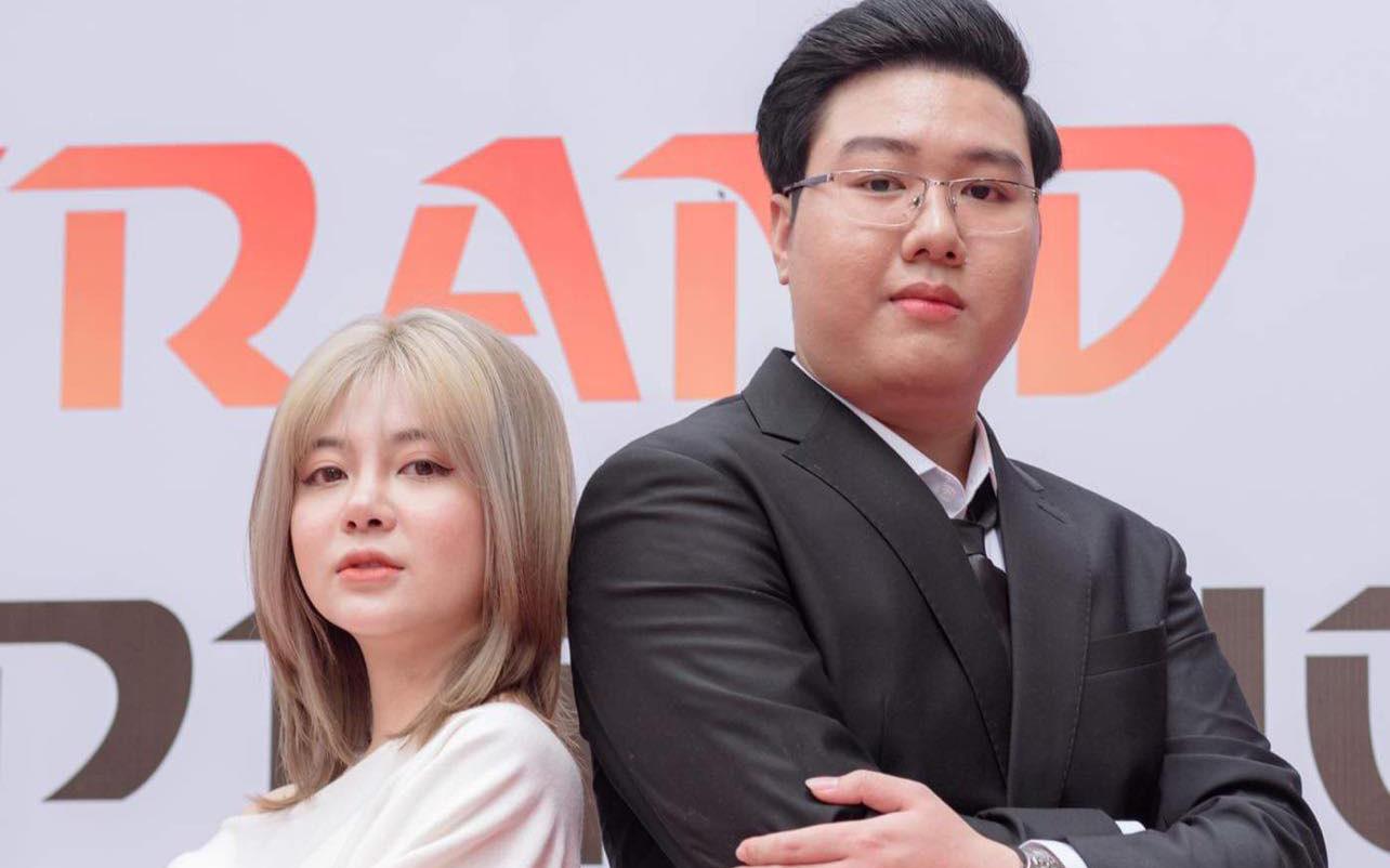 Nguyễn Đường Thành cùng cộng sự khai trương phòng game