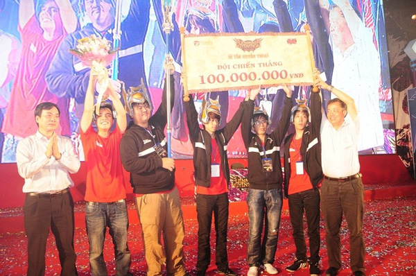LMHT GPL Mùa xuân 2014: Saigon Jokers 2