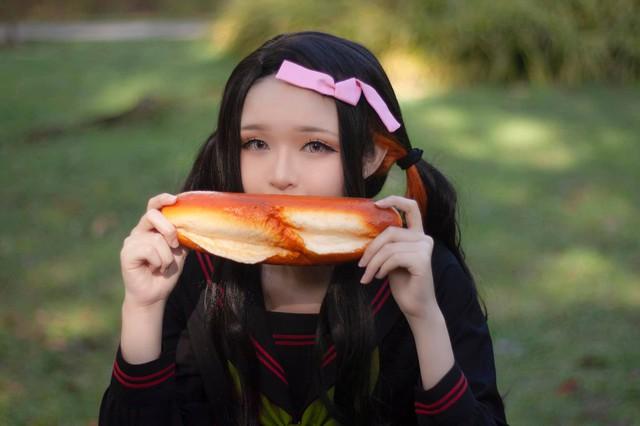 Kimetsu no Yaiba: Em gái quốc dân Nezuko hóa nữ sinh trung học đẹp dịu dàng mà không chói lóa - Ảnh 6.