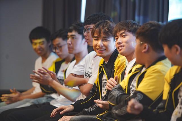 Góc nhìn từ câu chuyện Lowkey Esports: Cuộc chơi hao tiền tốn của mang tên Thể Thao Điện Tử Chuyên Nghiệp - Ảnh 2.