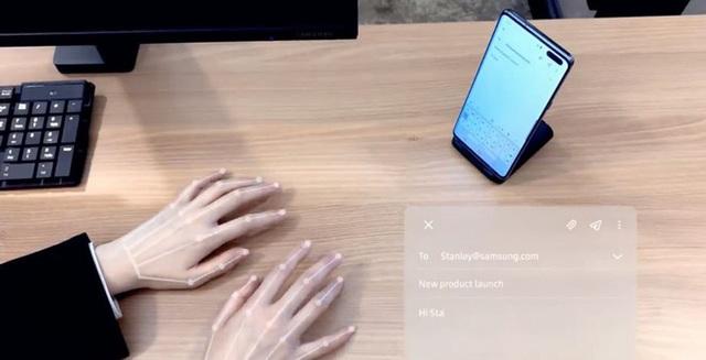 [CES 2020] Cận cảnh bàn phím vô hình Selfie Type của Samsung: Quảng cáo có khác với thực tế? - Ảnh 1.