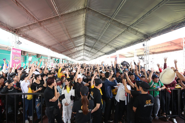 """""""Biển người"""" tham gia Đại hội 360mobi 2020: Thiết lập kỷ lục một trong những sự kiện game đông nhất Việt Nam từ trước đến nay - Ảnh 5."""