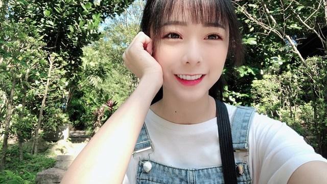 Bất ngờ với nhan sắc tuyệt đỉnh của cô nàng streamer xinh đẹp, cộng đồng mạng rần rần hỏi xin info - Ảnh 7.
