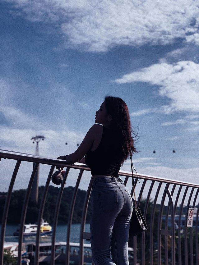 Hot girl Linh Ka tung MV cover mới nhưng không thấy... ngực với mông như trong ảnh đâu cả! - Ảnh 9.