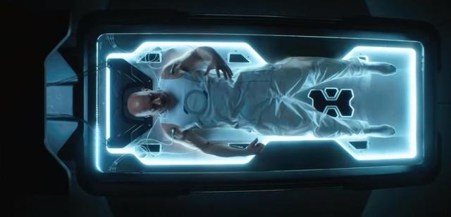 Siêu anh hùng của quái xế Vin Diesel- Bloodshot phô diễn siêu năng lực cực đỉnh trong trailer mới - Ảnh 2.