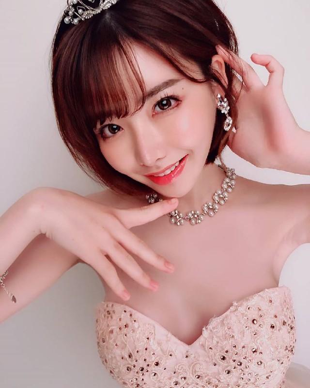 Thiên thần Eimi Fukada leo rank mạnh cỡ nào trong năm 2019? - Ảnh 2.