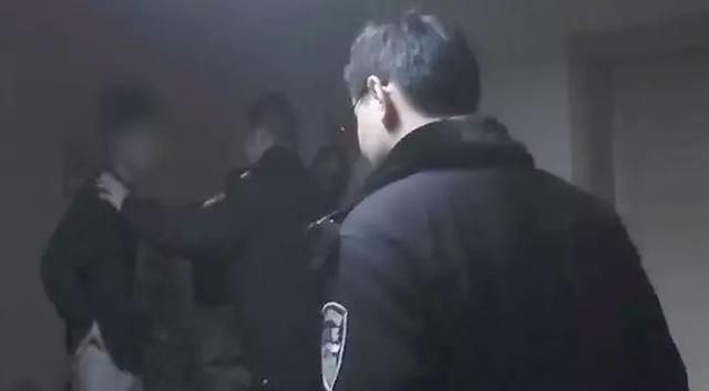 Chàng thanh niên cố tình ăn cắp rồi đợi cảnh sát đến bắt để không phải kết hôn với bạn gái - Ảnh 3.