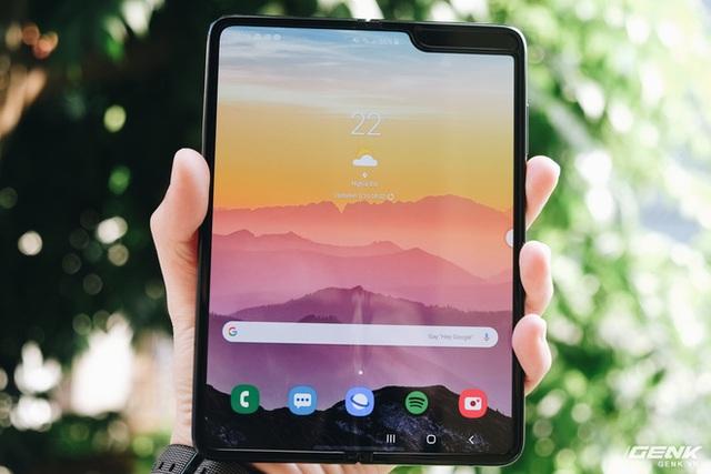 Galaxy Fold: Chiếc smartphone dành cho các sếp - Ảnh 5.