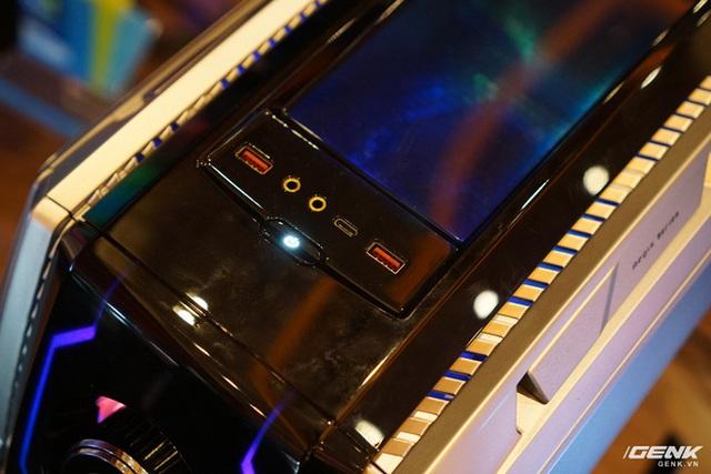 [CES 2020] MSI trình làng chiếc PC chơi game cực khủng MEG Aegis Ti5 tại CES, nhìn chẳng khác gì cái đầu Robot - Ảnh 9.