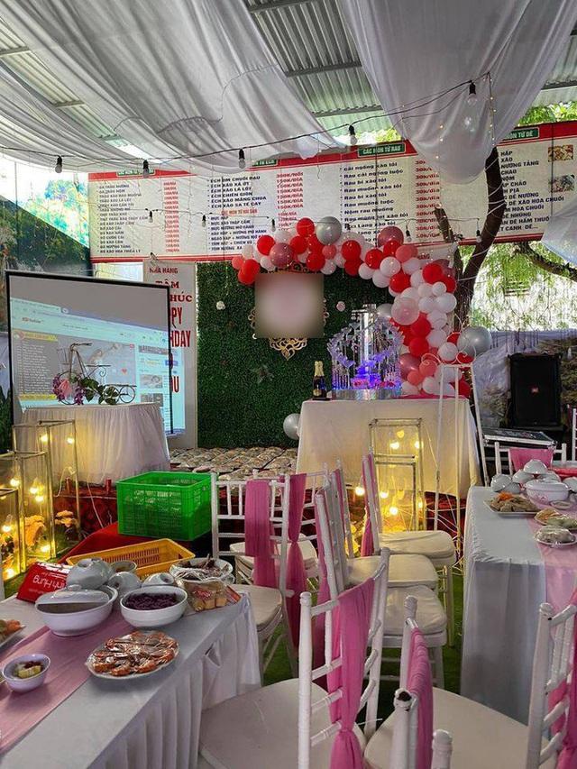 Chuyện hy hữu: Nhà hàng tiệc cưới bị bỏ bom 150 mâm phải nhờ người dân giải cứu, lỗ cả trăm triệu đồng - Ảnh 2.