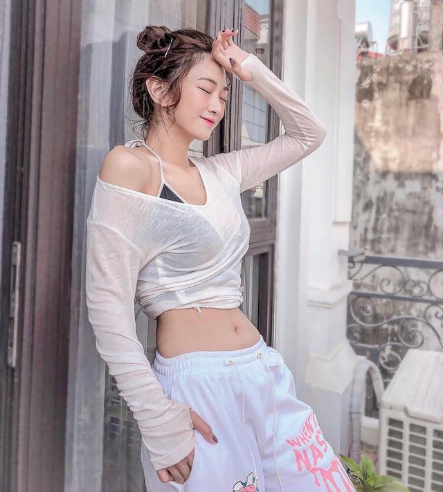 Hot girl gợi cảm nhất làng Tiktok Lê Bống: Body bốc lửa, từng béo 70 kg, không mặc vừa quần áo - Ảnh 3.