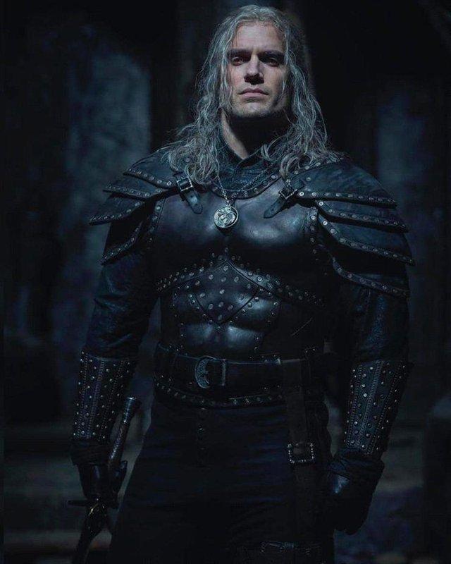 Những hình ảnh đầu tiên về bộ phim The Witcher Season 2 - Ảnh 2.