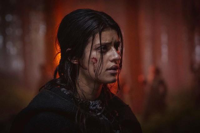Những hình ảnh đầu tiên về bộ phim The Witcher Season 2 - Ảnh 4.