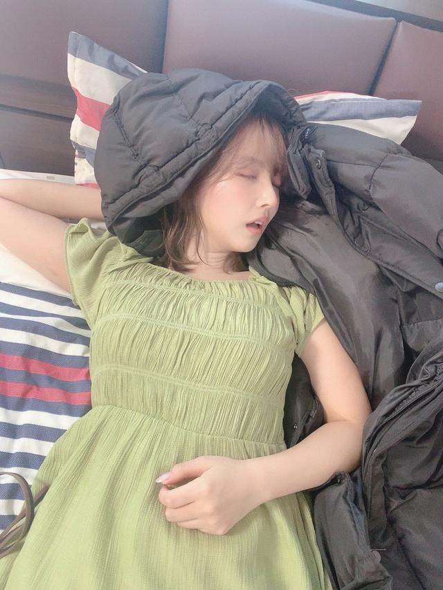 Yua Mikami bất ngờ lộ ảnh giường chiếu hiếm có khó tìm, các fan thương cảm chắc làm việc vất vả lắm - Ảnh 4.