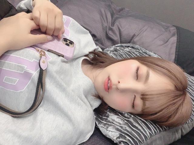 Yua Mikami bất ngờ lộ ảnh giường chiếu hiếm có khó tìm, các fan thương cảm chắc làm việc vất vả lắm - Ảnh 5.
