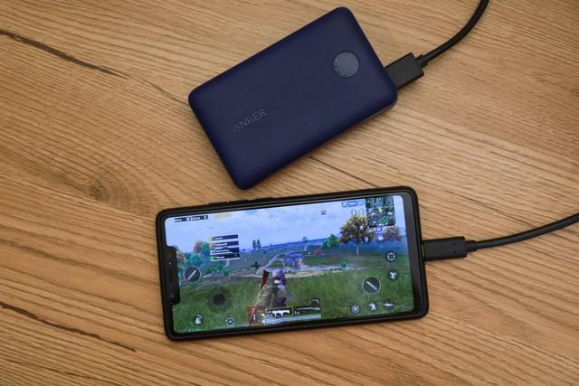 Powercore Select 10000 - Cứu cánh siêu gọn cho game thủ mobile những khi chinh chiến xa nhà - Ảnh 6.
