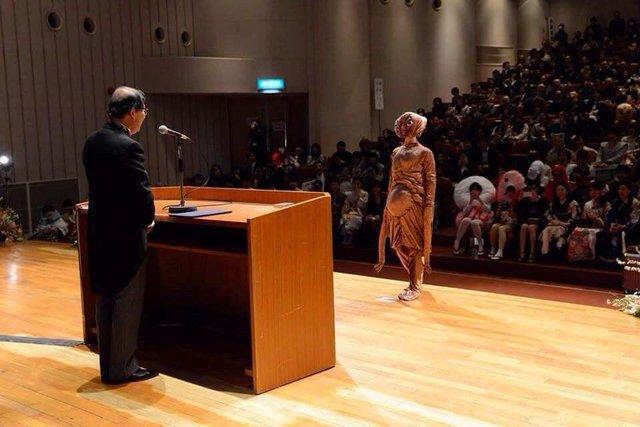 Sinh viên Nhật Bản đi nhận bằng tốt nghiệp: Không cosplay hài hước , đừng mong ra trường! - Ảnh 5.