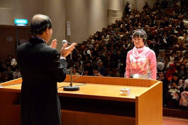 Sinh viên Nhật Bản đi nhận bằng tốt nghiệp: Không cosplay hài hước , đừng mong ra trường! - Ảnh 6.