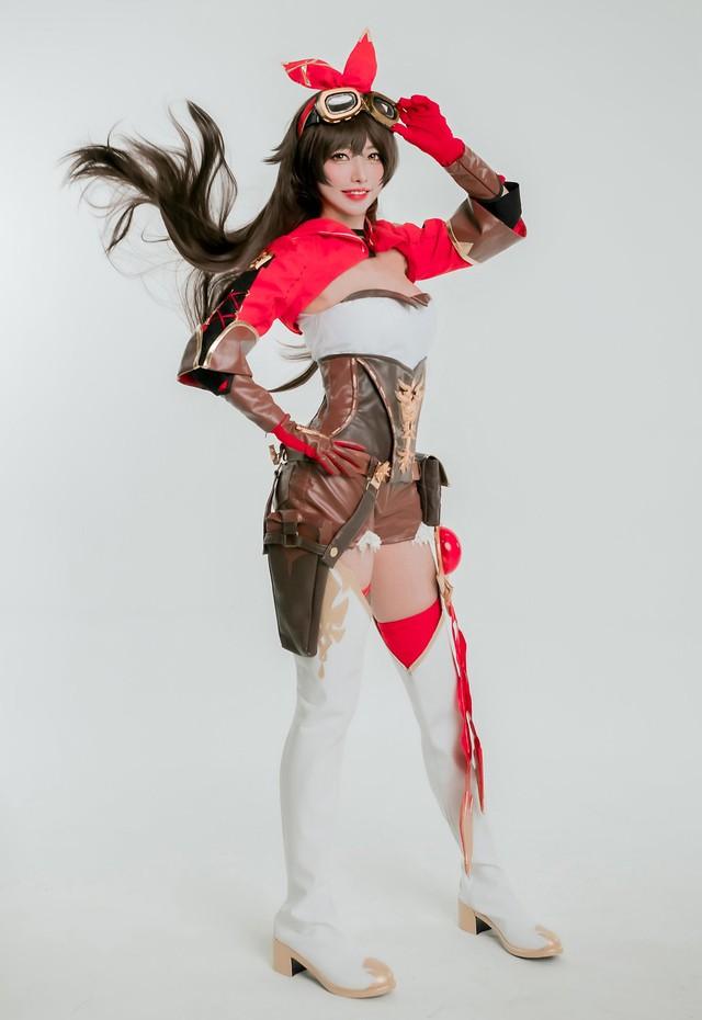 Tan chảy với bộ ảnh cosplay Amber trong Genshin Impact, xinh tựa thiên thần - Ảnh 4.
