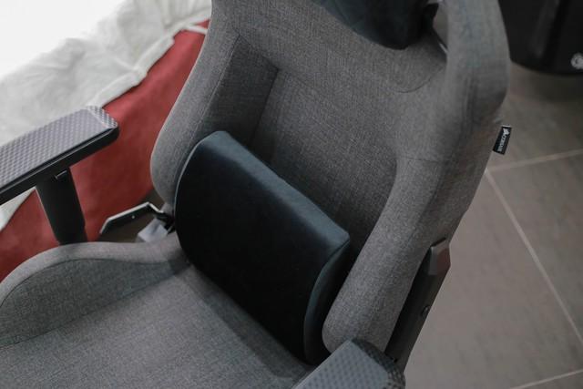 Review ghế gaming xịn xò Corsair T3 Rush: Êm ái từ chất liệu vải cao cấp, giá lại ngon lành - Ảnh 5.