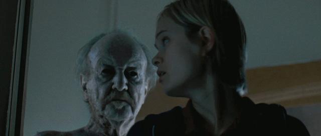 8 phim kinh dị là nỗi ám ảnh của các đoàn phim Hollywood: Rợn gáy nhất là chuỗi thảm kịch kinh hoàng đeo bám Đứa Con Của Satan - Ảnh 11.