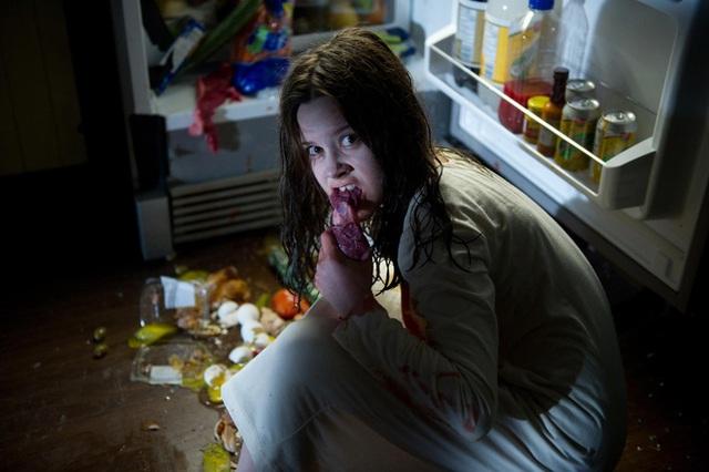 8 phim kinh dị là nỗi ám ảnh của các đoàn phim Hollywood: Rợn gáy nhất là chuỗi thảm kịch kinh hoàng đeo bám Đứa Con Của Satan - Ảnh 3.