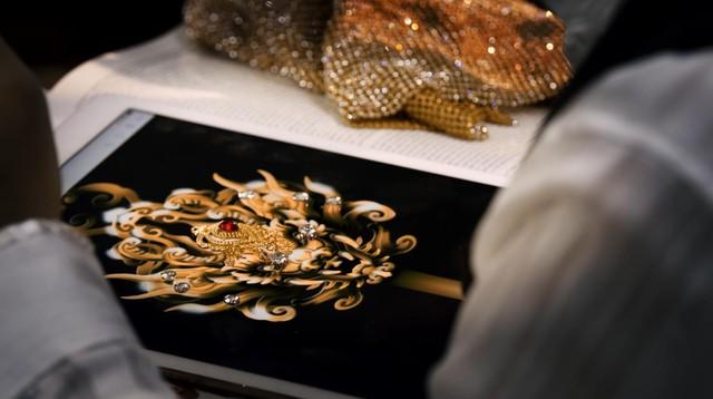 Chiêm ngưỡng vẻ đẹp của Quyền trượng và Vương miện dành cho Quán quân Miss & Mister VLTK 15 - Ảnh 8.
