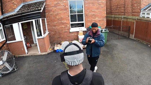 Youtuber tự chế camera để biến trải nghiệm GTA V ngày ngoài đời thực - Ảnh 3.