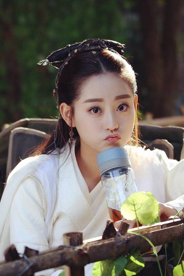 Ác nữ được ưu ái nhất truyện Kim Dung - Chu Chỉ Nhược và 2 câu chuyện thú vị ít ai biết tới - Ảnh 3.