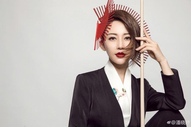 Lộ ảnh quá khứ kém sắc của nữ hoàng Billiards xứ Trung, dân tình băn khoăn lên hương theo thời gian hay động chạm dao kéo? - Ảnh 12.