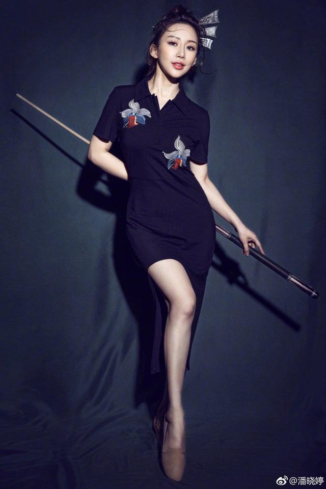 Lộ ảnh quá khứ kém sắc của nữ hoàng Billiards xứ Trung, dân tình băn khoăn lên hương theo thời gian hay động chạm dao kéo? - Ảnh 10.