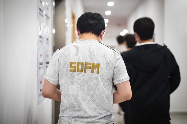 Báo Hàn nhận định: SofM quá dễ đoán, tham lam và ích kỷ, tỉ số sẽ là 3-0 cho DAMWON - Ảnh 1.