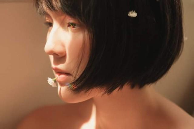 Không cần ngực khủng, hot girl đặc biệt được Sơn Tùng MTP follow vẫn chinh phục cộng đồng bằng nét đẹp rất thơ - Ảnh 11.