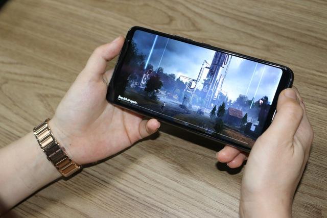 Trên tay ASUS ROG Phone 3 – Với quái vật Gaming Phone thì Genshin Impact chỉ là con muỗi - Ảnh 4.