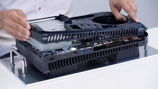 Toàn cảnh mổ bụng PS5 đầu tiên trên thế giới - Ảnh 11.