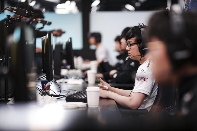 LMHT: Những sự thật thú vị và ấn tượng sau trận chung kết giữa Suning và DAMWON Gaming - Ảnh 4.