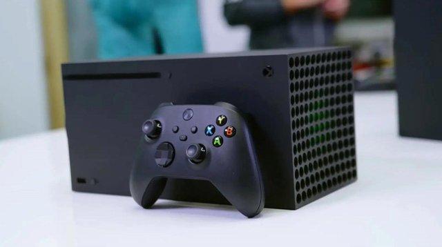 Game thủ đen nhất thế giới, vừa mở hộp Xbox Series X chưa được chơi thì đã bị hỏng - Ảnh 1.
