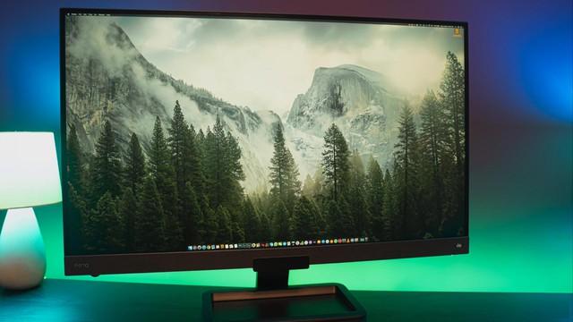 Đánh giá BenQ EW3280U, mẫu màn hình 4K cho trải nghiệm tuyệt vời khi giải trí, làm việc và chơi game - Ảnh 1.