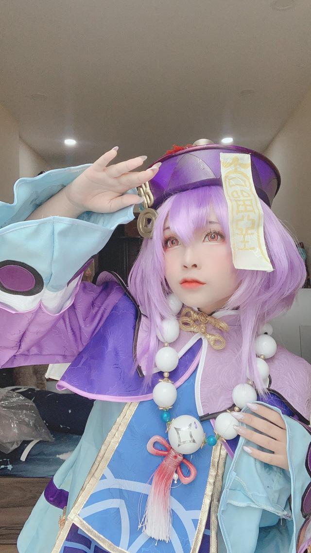 Đốt mắt với cosplay Genshin Impact siêu nóng bỏng Photo-1-1605176204179736861827