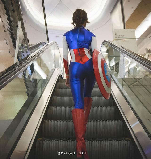 Cosplay đội trưởng Mỹ siêu sexy, nàng hot girl bị fan hâm mộ rần rần xin info, đại náo trang cá nhân - Ảnh 4.