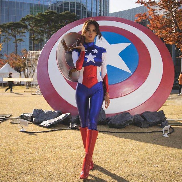 Cosplay đội trưởng Mỹ siêu sexy, nàng hot girl bị fan hâm mộ rần rần xin info, đại náo trang cá nhân - Ảnh 3.